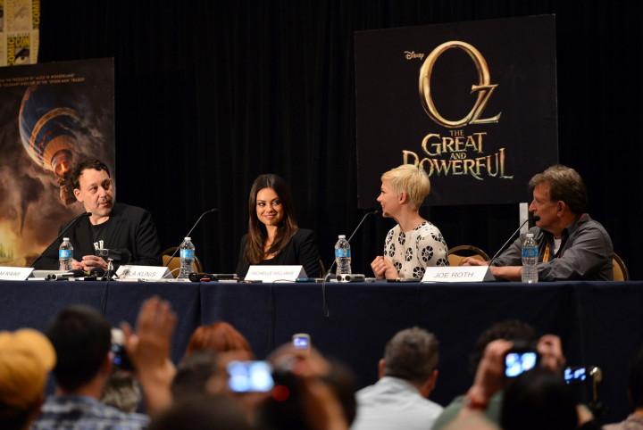 Walt Disney Studios 2012 Comic Con Oz The Great And Powerful