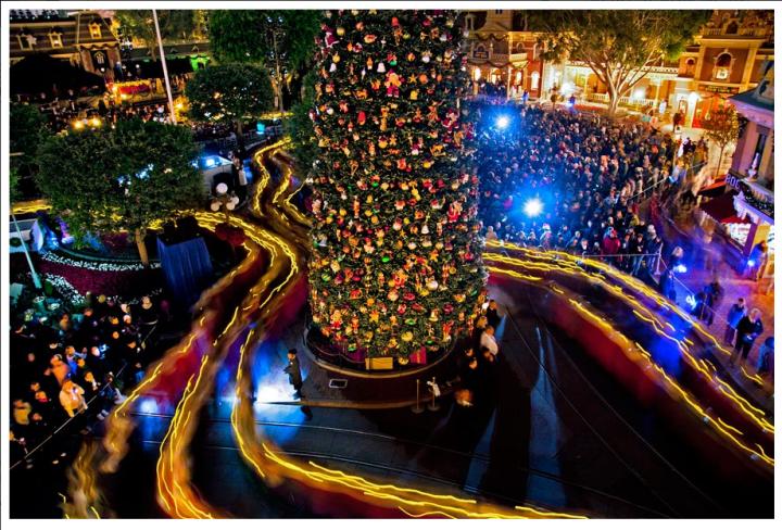 Disneyland Candlelight Processional Main Street Usa