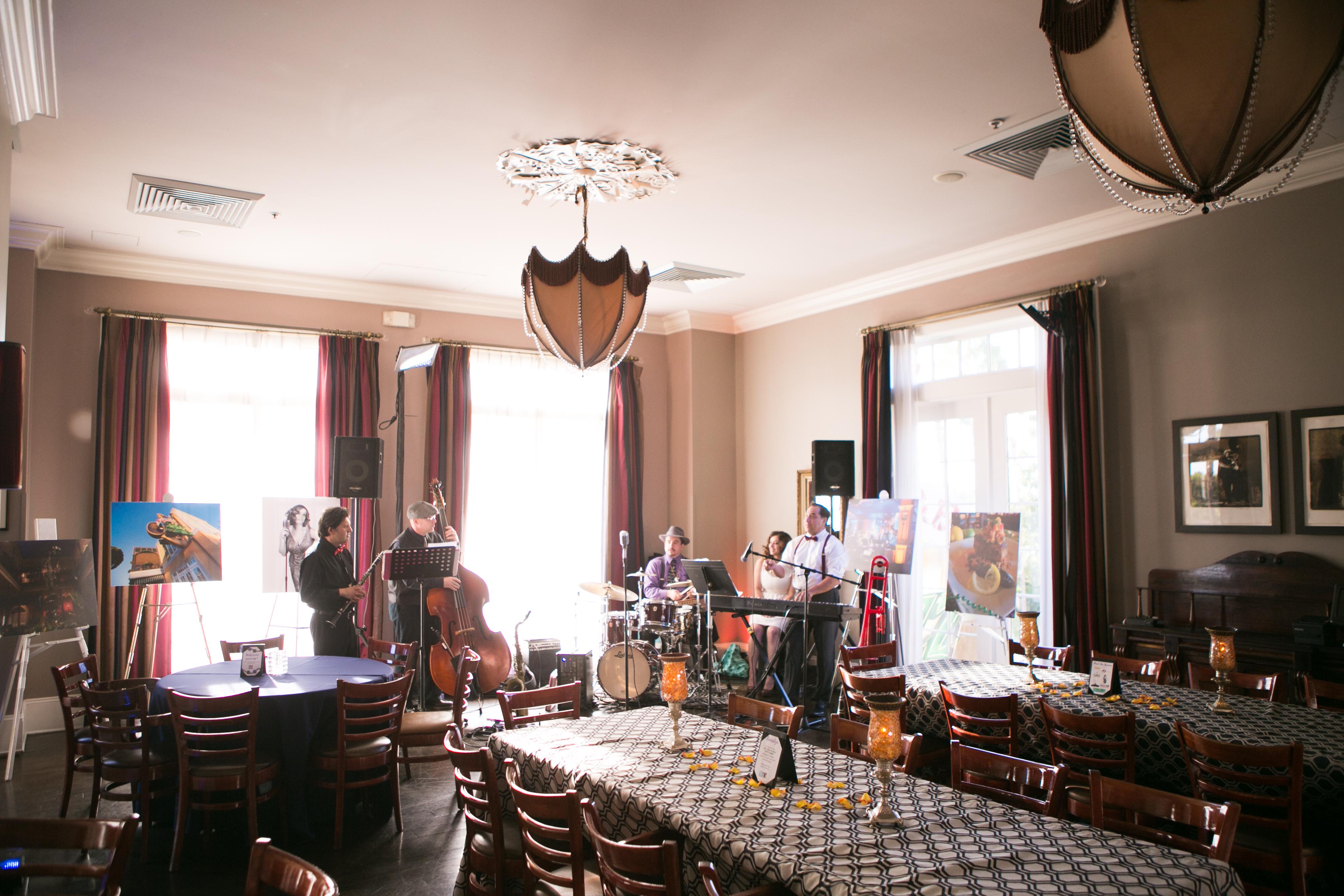 Ralph Brennans Jazz Kitchen Downtown Disney California Parlor Room |  DisneyExaminer