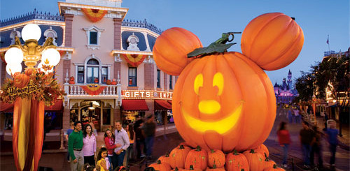 Disneyland Main Street Usa Mickey Pumpkin Town Square