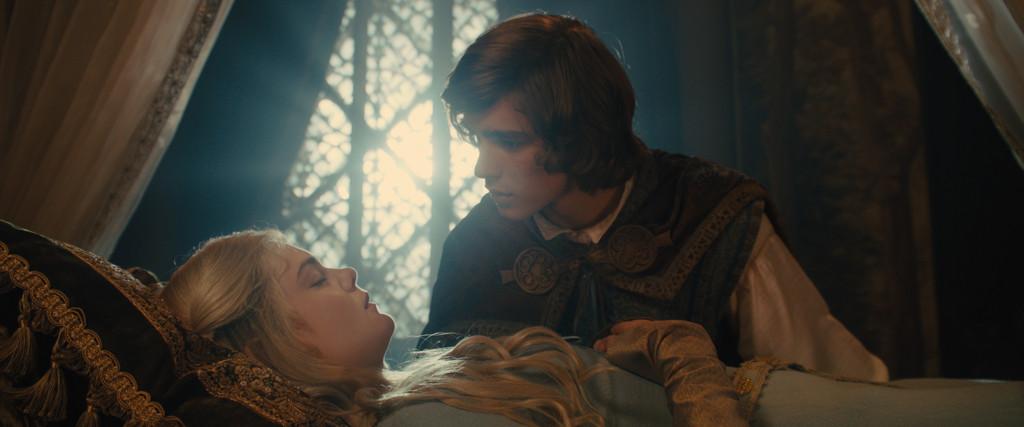 Disney Maleficent Prince Phillip Brenton Thwaites Aurora Elle Fanning Sleeping Beauty