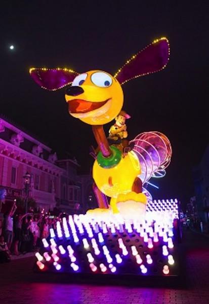 Disney Paint The Night Parade Hong Kong Disneyland Toy Story