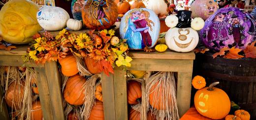 Disneyland Halloweentime Halloween Roundup Big Thunder Ranch Pumpkin Carvers
