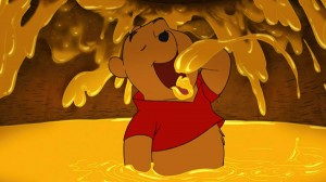 winnie-the-pooh-2011-pooh-and-the-honey-pot