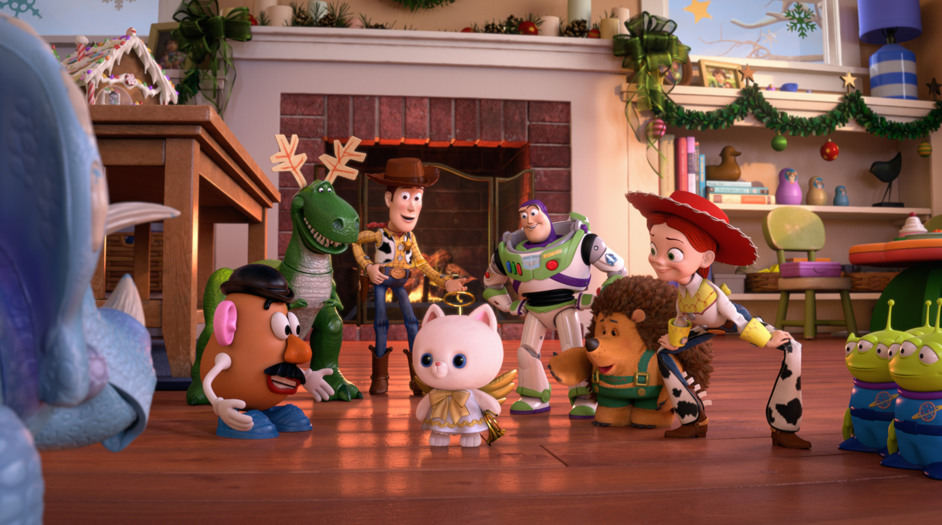 Toy Story That Time Forgot Blu Ray Review Disneyexaminer Mr ...