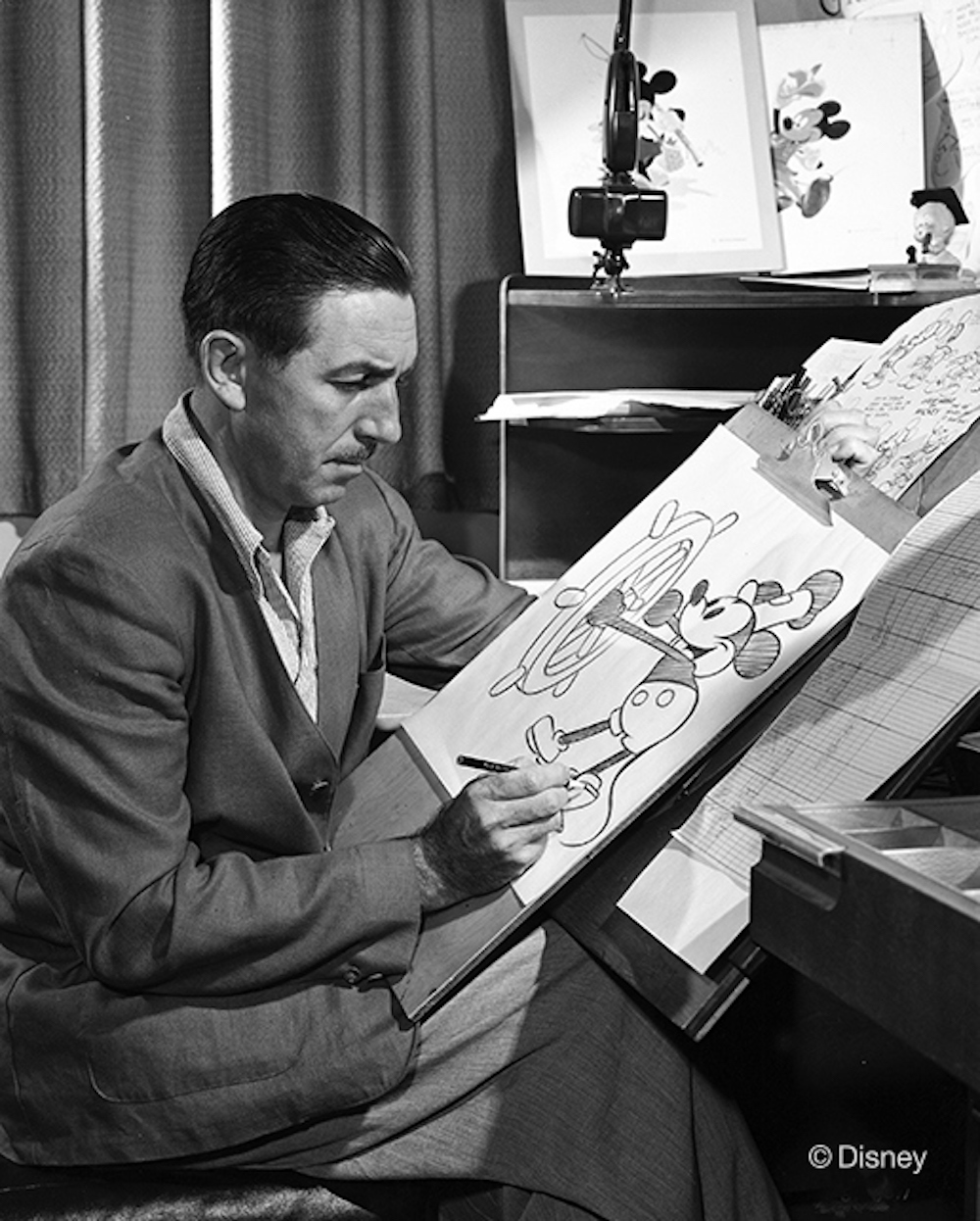 Walt Disney Drawing Mickey Mouse | DisneyExaminer
