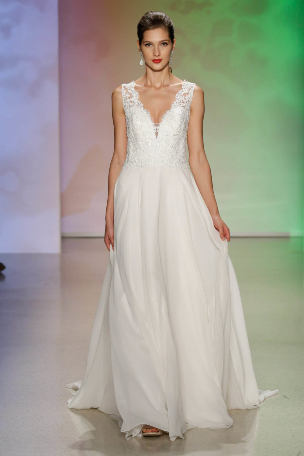 Aurora Sleeping Beauty Wedding Dress Alfred Angelo Spring 2017 Bridal Show With Disney Weddings Disneyexaminer